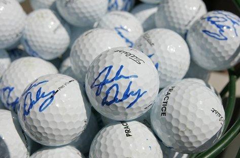 john-daly-autographed-balls
